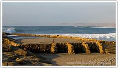 Piscina arenada (FelipeTerra) Tags: praia beach playa perú ola norte onda
