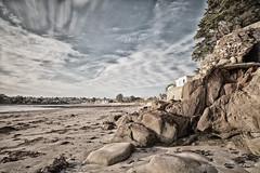 Rochers sur la plage du Trez-Hir (Olivier1975) Tags: zeiss iso100 f11 plage ze plougonvelin trezhir colorefexpro flickraward distagont2821 canon5dmarkii mygearandme flickrstruereflection1