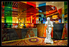 The Immortal (bugeyed_G) Tags: statue interior nevada boxer caesarspalace blend joelouis theimmortal bugeyedg