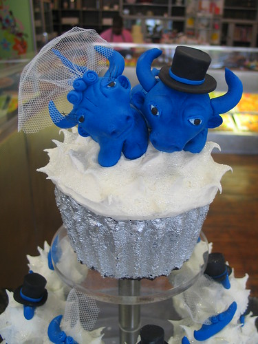 Char char bull wedding
