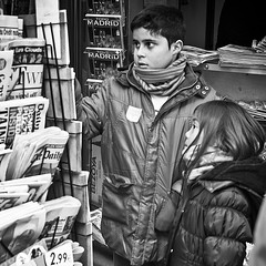 Headlines in Madrid (BabylonPhotos) Tags: madrid urban headlines streetphoto granva 50mmnikon