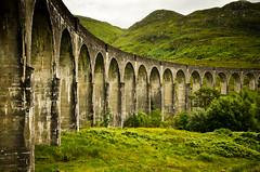 Viaducto de Glenfinnan (Jesus Belzunce) Tags: uk bridge train tren puente scotland harry potter escocia viaduct express hogwarts glenfinnan viaducto