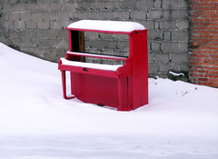 the return of the red piano (dmixo6) Tags: winter snow canada ice muskoka 2012 dugg dmixo6