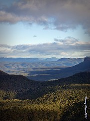 blue mountains - nsw - australia (smortaus) Tags: by rural photography this town is photo image photos d manly australian australia images f nsw hayes australianlandscape myphoto myphotos lamdscape myimages australianimages australianlanscape of thisisaustralia dannyhayes photosfromaustralia nswrural australiabest danielfhayes1962nswaustralia photosbydannyhayescopyright2013nswaustralia australianswphotos hayes1962home australianphotoss nswthis ruraldanny