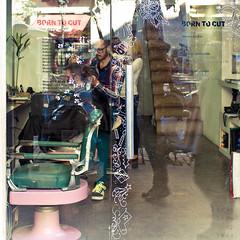 Born to Cut (light thru my lens) Tags: barcelona glass modern reflections barber hairdresser transparent kdd cristal moderno reflejos 2012 transparente peluqueria reflexes barbero bso elborn flickrs vidre barberia perruqueria stephensondheim passeigdelborn eos7d lightthrumylens ltml borntocut theballadofsweeneytodd