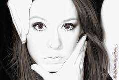 [(face)] (Isidr☼ Cea) Tags: portrait girl face eyes chica retrato cara modelo ojos ruinas sesion rostro acoruña zuiko1454 olympuse3 isidrocea martamontero isidroceagmailcom