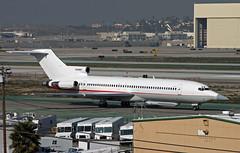 "Raytheon, Boeing 727-200  ""Voodoo One"" (Ron Monroe) Tags: boeing lax airlines raytheon airliners 727 voodooone"