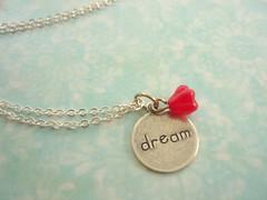 Colar Dream (Sleepy Sheep) Tags: necklace bijuteria bracelet colar charms pulseira pendant corrente pingente acessrios