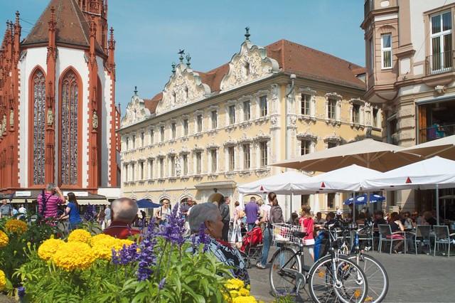 世界遺産レジデンツと旧市街 半日ウォーキングツアー(ロマンチック街道のオプショナルツアー)