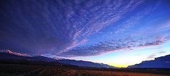 Coucher de soleil sur le Belledonne (yoduc73) Tags: sunset montagne alpes soleil ciel savoie nuages couchant plaine belledonne grsivaudan