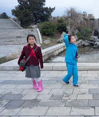 Mansudae Fountain Park - Pyongyang (jonathanung@ymail.com) Tags: children lumix asia korea asie enfant kp nord northkorea pyongyang core dprk cm1 koryo coredunord insidenorthkorea rpubliquepopulairedmocratiquedecore rpdc lumixcm1