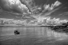 #850C6128- Boating in the wain river (Zoemies...) Tags: bw clouds river boat wain balikpapan zoemies