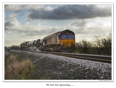 The Train Now Approaching (roddersdad) Tags: trains 2011 networkrail railwaylines canonef24105mmf4lisusm canon1dsmkll 66143 wwwimagesbyclivecouk copyrightclivejmaclennan