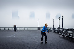 edge (Several seconds) Tags: blue white mist fog bench tourists hudsonriver railing blader jerseyfrommanhattan