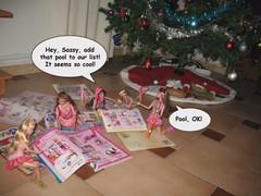 Chp. 34: Santa's Helpers (Part IV) (egolon) Tags: santa monster toy high dolls jake sassy ken barbie cutie story artsy liv hayden sweetie hottie adventures burbuja sporty helper fashionistas yelps ghoulia