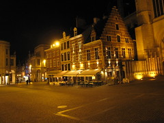 Grote Markt (francesca.clemente) Tags: leuven belgie belgium lovanio xmas grotemarkt townhall stashuis fiets bicycle christmas francescaclemente clementefrancesca cagliari gatti viaggi francesca clemente burrito foodtruck food electronics taco travel trip green europe asia america holiday bike art architecture nature city landscape sea italy sky cat cats