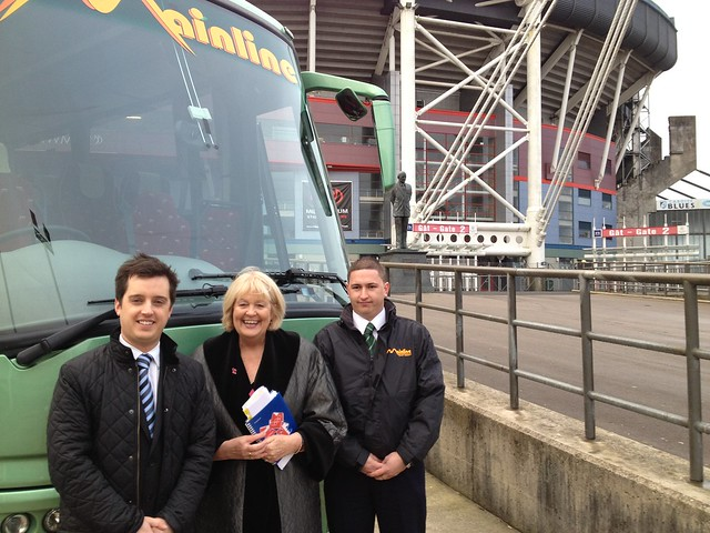 Cheryl Gillan visits South Wales coach company