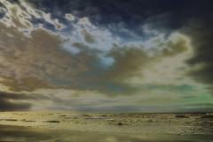 Dreamscape (Pieter Musterd) Tags: sea beach strand photoshop canon see waves nederland thenetherlands noordzee zee denhaag northsea 5d nik plage paysbas zuidholland kijkduin golven sgravenhage colorefexpro pietermusterd photoshopcs4 canon5dmarkii denhaag2018