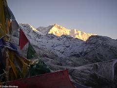"Sunrise on kanchenjunga (Sikkim, Indian Himalayas) • <a style=""font-size:0.8em;"" href=""http://www.flickr.com/photos/71979580@N08/6719214533/"" target=""_blank"">View on Flickr</a>"