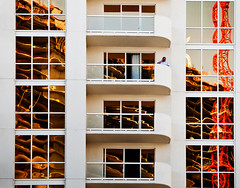Balcony Caller Reflects (mhcityplanner) Tags: windows lasvegas places balconies urbanreflections architecturalform architecturalforms facadesmodern