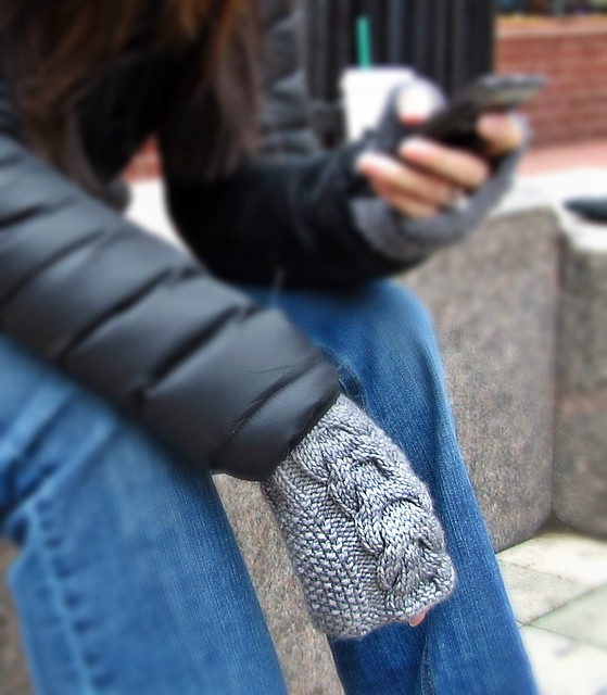 East Pearl Fingerless Mitts