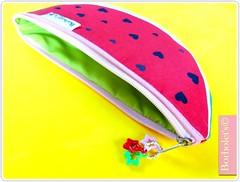 Por dentro da necessaire Melancia... (borbolets.com) Tags: kids infantil escolinha personalizado dannybarros borbolets kitescolinha kitmelancia