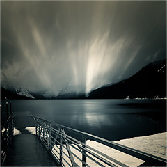 Lightshow (josefontheroad) Tags: montana glaciernationalpark lakemcdonald supershot