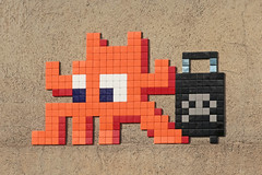 Clermont-Ferrand Est (CLR_09) (Meteorry) Tags: street orange france art station wall europe gare spaceinvader spaceinvaders clr luggage tiles april invader pixels rue mur invasion bagage auvergne clermont sncf puydedme clermontferrand artderue mosaques 2016 carrelage carreaux meteorry rollercase arturbaine clr09 invaderwashere auvergnerhnealpes