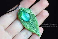 Elven Leaf Woodland Necklace | Lord of the Ring jewelry | Woodland Enchanted Botanical Elf Green Pendant Polymer Clay | Crystarbor (Crystarbor creations) Tags: nature woodland botanical leaf handmade craft elf polymerclay fimo lotr fantasy lordoftherings celtic etsy pendant treeoflife elven handmadenecklace etsyshop etsyseller leafnecklace polymerclaycharms crystarbor evenbrooch crystarbocreations