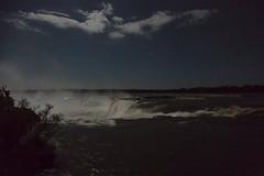 Iguaz - Garganta del diablo en noche de luna llena (Jos M. Arboleda) Tags: luz argentina canon eos noche agua jose paisaje luna 5d catarata nocturno iguaz cascada gargantadeldiablo arboleda ef1740mmf4lusm josmarboledac marlkiii
