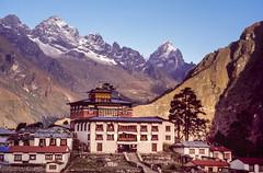 Tengboche Monastery (robertdownie) Tags: nepal mountains buildings buddhism monastery tibetan himalaya everest sherpa thyangboche tengboche tenzingnorgay nepalesehimalayas dawacholinggompa