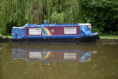 Wey Navigation Byfleet 19 May 2016 009 (paul_appleyard) Tags: reflection canal rainbow may surrey reflected navigation narrowboat waterway wey 2016 byfleet