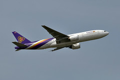 Thai Airways Boeing 777-2D7 HS-TJB (EK056) Tags: thai boeing airways 7772d7 hstjb