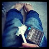 仕事前の、マルボロさん休憩、なぅ。 #tokyo #japan #work_place #good_morning #rest #marlboro #tobacco #jeans #FOOT