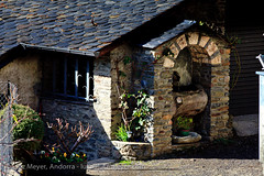 Andorra history: Old houses (lutzmeyer) Tags: november autumn fountain rural photography photo spring europe novembre foto fotografie dorf village image brunnen herbst pueblo picture 300mm noviembre valley font below baixa bild unten andorra imagen pyrenees tal iberia pirineos pirineus tardor iberianpeninsula parroquia pyrenen otono quelle poble fontne vallnord imatge lamassana iberischehalbinsel aldosa laldosa lamassanaparroquia