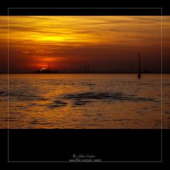 ♥Per l'amore della mia vita♥ (Julio_Castro) Tags: sunset atardecer lumix rojo agua cielo puestadesol puesta venecia venezia colorrojo olétusfotos