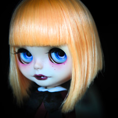 Leeloo, anew (D-art ) Tags: mouth doll dress makeup carving lips makeover blythe custom leeloo rbl faceup atomicblythe simplymango