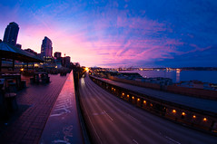 Seattle sunrise (Northwest dad) Tags: seattle morning sunrise nikon place market pike 8mm d300 samyang prooptic