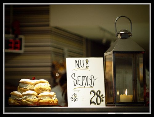 3/366 -  Semla season has started