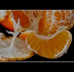 07-01 Fotografas en casa. Despus de las fiestas a dieta de fruta (mjmoreno010) Tags: food orange macro spain comida fruta cordoba mandarina naranja fondonegro nikond3100 mjmoreno010