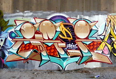 Zade (COLOR IMPOSIBLE CREW) Tags: chile color graffiti valparaiso bbq crew burners curauma zade imposible 2011 fros placilla ironlak