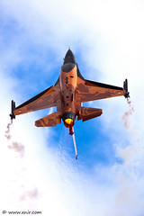 Royal Netherlands Air Force  F-16AM Demo Team (xnir) Tags: netherlands tattoo canon demo eos flying is team force general display aviation air royal f16 international solo falcon fighting airforce viper 2009 dynamics nir demoteam lockheedmartin afterburner  100400l benyosef 100400 f16am xnir  photoxnirgmailcom