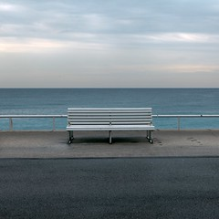 Minimalism (Julio López Saguar) Tags: sea france mar nice empty banco bank minimalism minimalismo francia vacio niza promenadedesanglais paseodelosingleses juliolópezsaguar