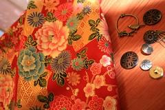 Kimono Fabrics* (carol-san*) Tags: birds japan asien textiles oriental japon fabrics coupons telas asiatique tecidos tissus buttns carolsan atelierliasan
