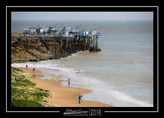 Le puit de l'Auture (mg photographe) Tags: ocean mer france plage couleur charente pcheurs bleus carrelets auture