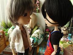 Peter y Tatsuha (El cumpleaos de Ewan) 30 (Lunalila1) Tags: doll peter groove viii fh kuro gyro oneal kain delantal taeyang junplaning fotohistoria tatsuha elcumpleaosdeewan