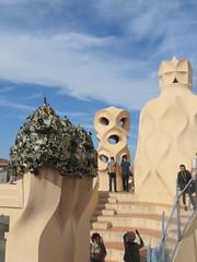 20150507 Barcelone Espagne - Gaudi - Casa Mila_La Pedrera-005 (anhndee) Tags: barcelona architecture spain gaudi catalunya espagne barcelone catalogne