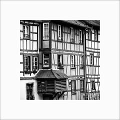 Colombages (Guillaume et Anne) Tags: street city bw france canon noiretblanc nb strasbourg ill alsace f2 135 135mm 6d 135mmf2 ef135
