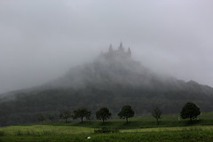 Regentag  Rainy Day (Objektkontrast) Tags: fog nebel wolken badenwrttemberg burghohenzollern hohenzollerncastle