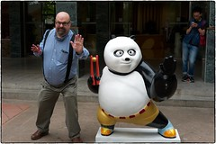 Kung-Fu Mikey, Panda Center, May 22, 2016 (Maggie Osterberg) Tags: china leica kungfu chengdu mcb maggieo pandacenter zeisscsonnar5015 m9p colorefexpro4
